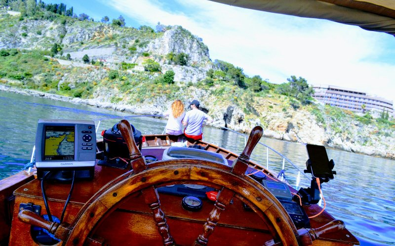 administration/foto/1562835519_Boat Tour - Excursions - SunTripSicily - Taomrina Bay - Isola Bella - Taormina Coast - Sicily - Holiday - Experience.jpeg
